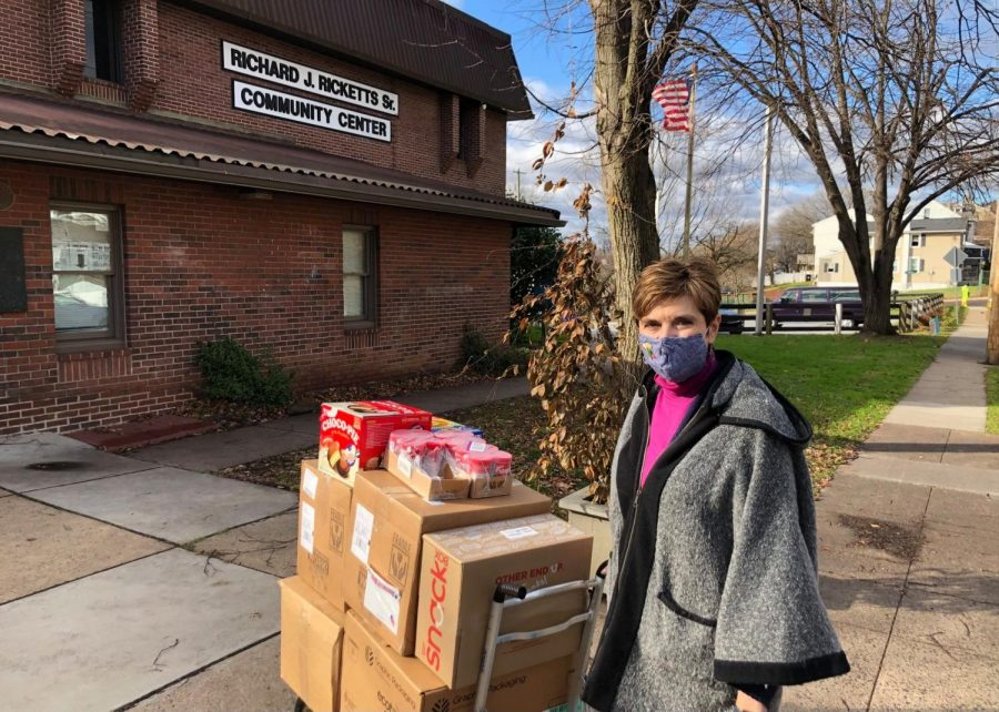 The Skitkos coordinated a food drive and delivery to the Rickett's Community Center in Pottstown. Photo courtesy of Cathy Skitko