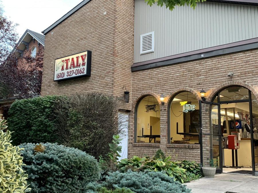 Little Italys on High Street will be celebrating its 50th anniversary next year. Photo By Cecile Wegman 23