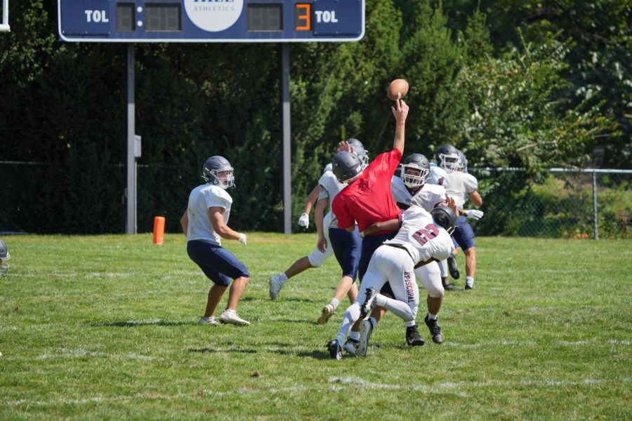 Hill varsity football competes against Episcopal Academy