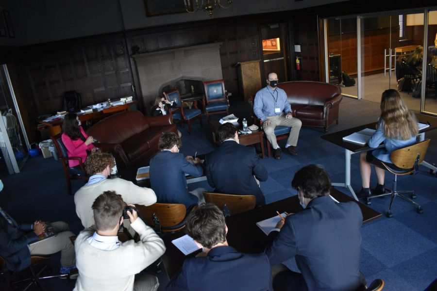 The Hill journalism class listens to Pottstown Councilor Ryan Procsal. Photo by Augie Gerhart 23